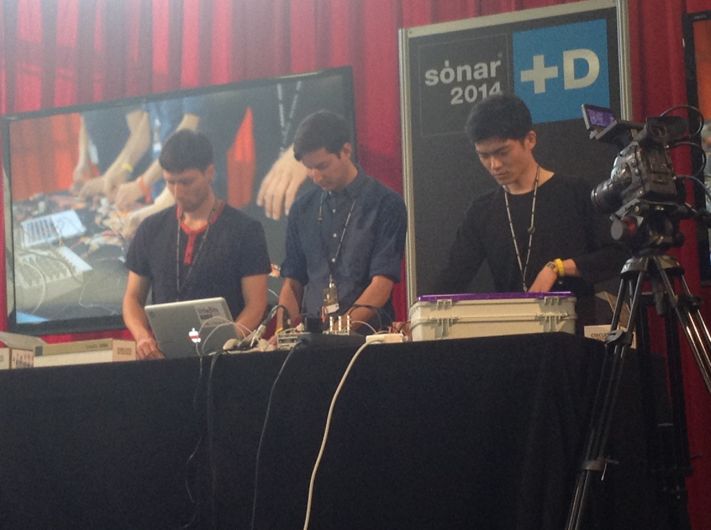 littleBits live demo at Sónar +D 2014