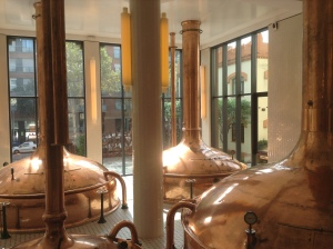 In the hall of Damm's Factory at Barcelona: an unexpected way of joining beer and music