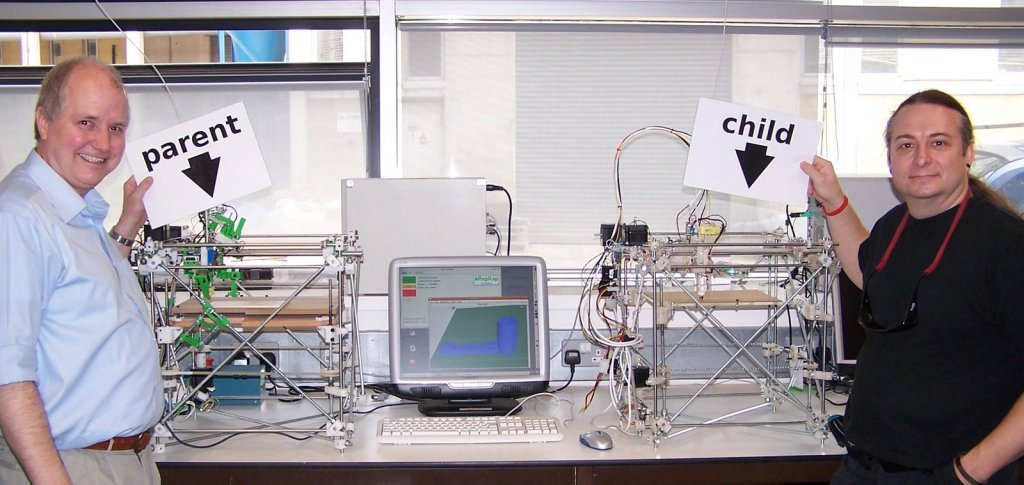Adrian Bowyer (right) and Vik Olliver (left) with the first self-replicated 3D printer
