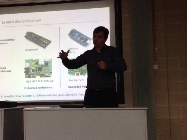 Xavier Pi at Hardware Freedom Day Barcelona